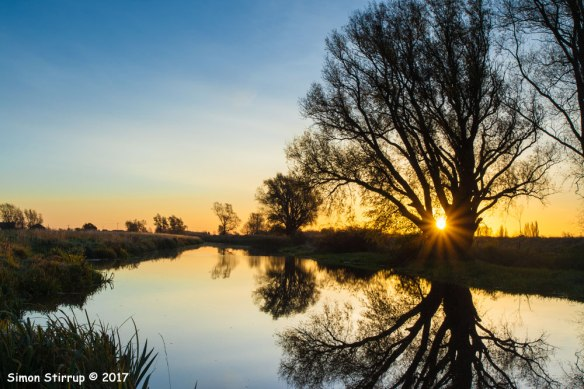 Old West River near Aldreth, 2017. Image Copyright Simon Stirrup http://www.simonstirrup.co.uk/ ; and kindly supplied to the New Life on the Old West/ Cambridgeshire ACRE